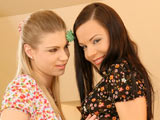 Alexandra L & Ally on couplesseduceteens
