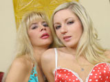 Tara Moon & Kylee Reese on backseatbangers