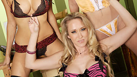 Alana Evans on pinkvisualpass