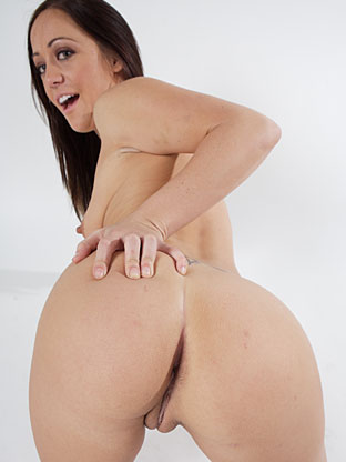 Kylee King on bubblebuttsgalore