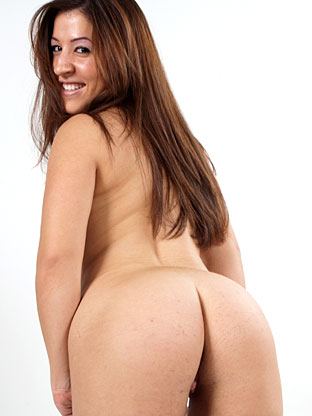 Alexia Milano on bubblebuttsgalore